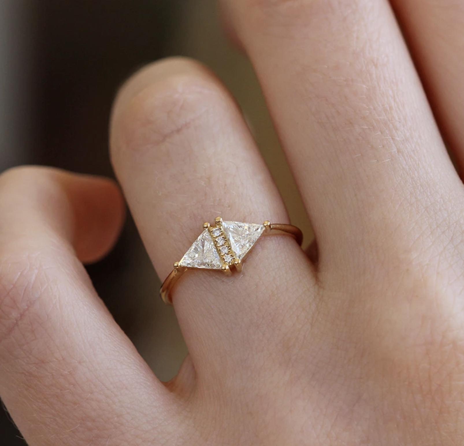 Artëmer Double Triangle Diamond Ring