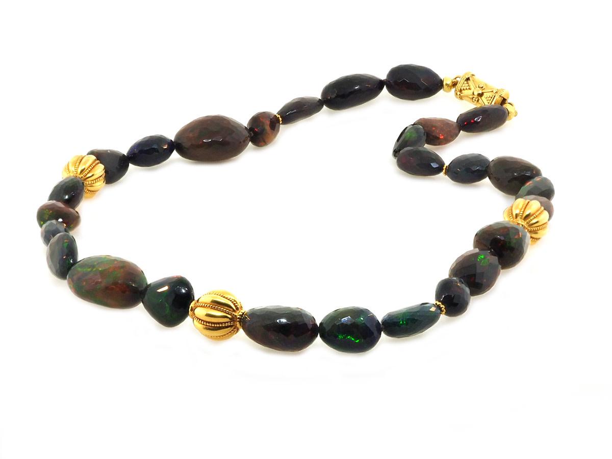 Trabert Goldsmiths Black Ethiopian Opal Oval Beaded Necklace