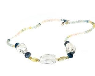 Trabert Goldsmiths Aquamarine and Quartz Beaded Necklace E3104