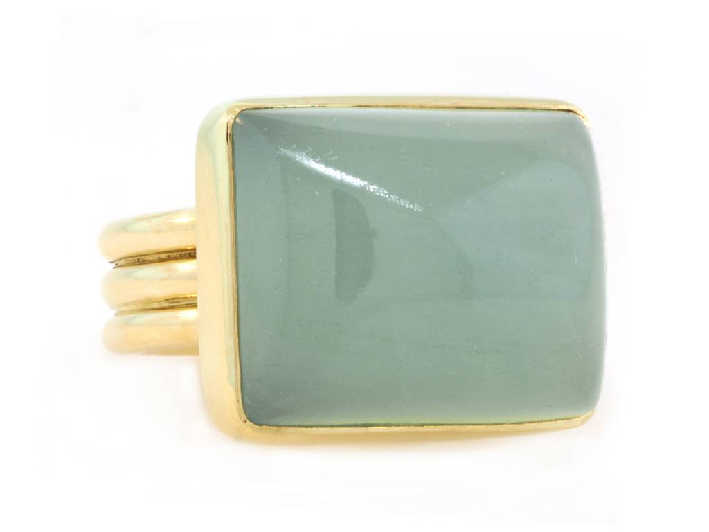 Trabert Goldsmiths Rectangular Aquamarine Ring