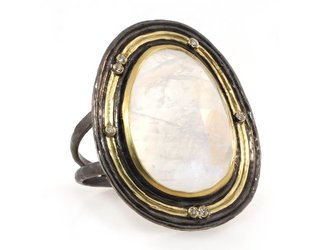 Kothari Rainbow Moonstone Water Flow Ring T296