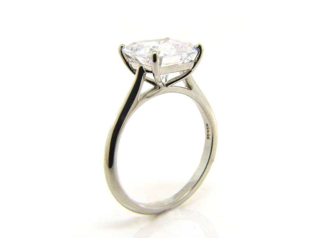 Vatche Asscher or Square Cut Stone Setting
