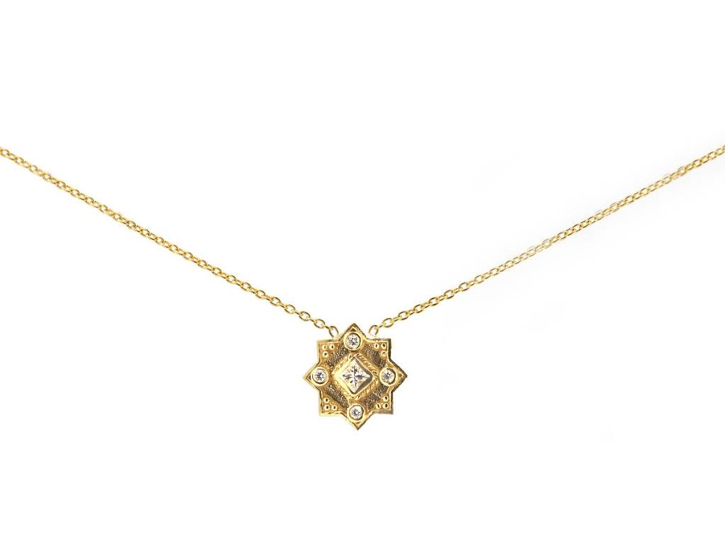 Amrapali Heritage Star Diamond Pendant