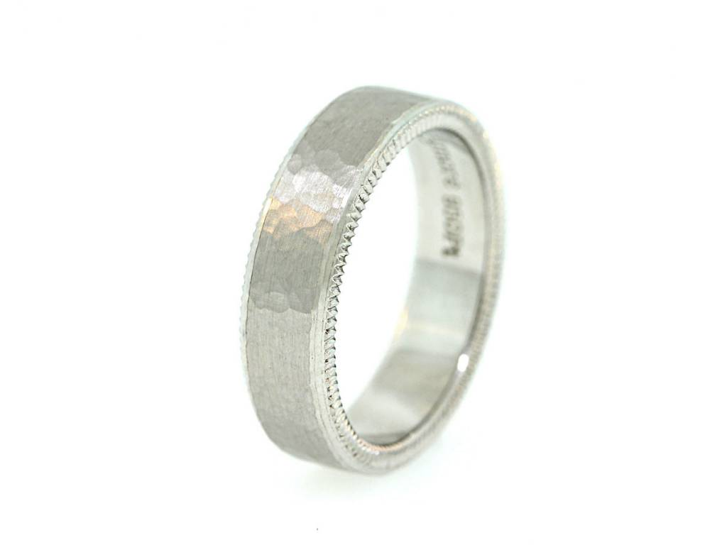 Per Amore Quoin Edge Hammered Texture Band