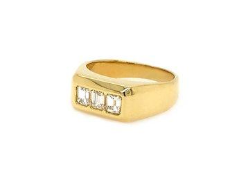 Trabert Goldsmiths .75ct Vintage Emerald Cut Dia Ring E1656