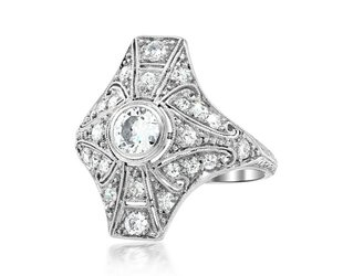 Trabert Goldsmiths Antique Deco Platinum Diamond Ring E1677
