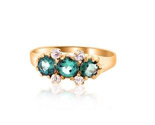 Trabert Goldsmiths Victorian 3 Stone Emerald and Dia Ring E1683