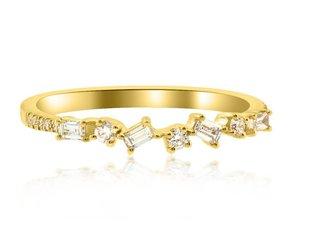 Mini Diamond Baguette Yellow Gold Ring LN21