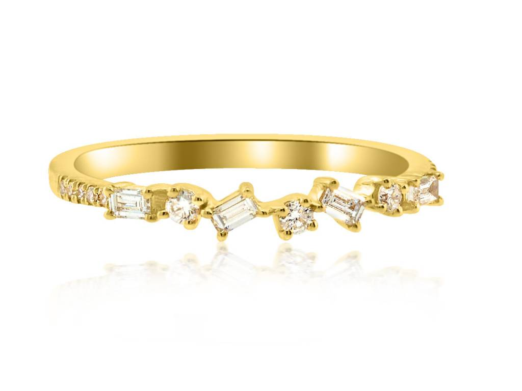 Liven Mini Diamond Baguette Yellow Gold Ring