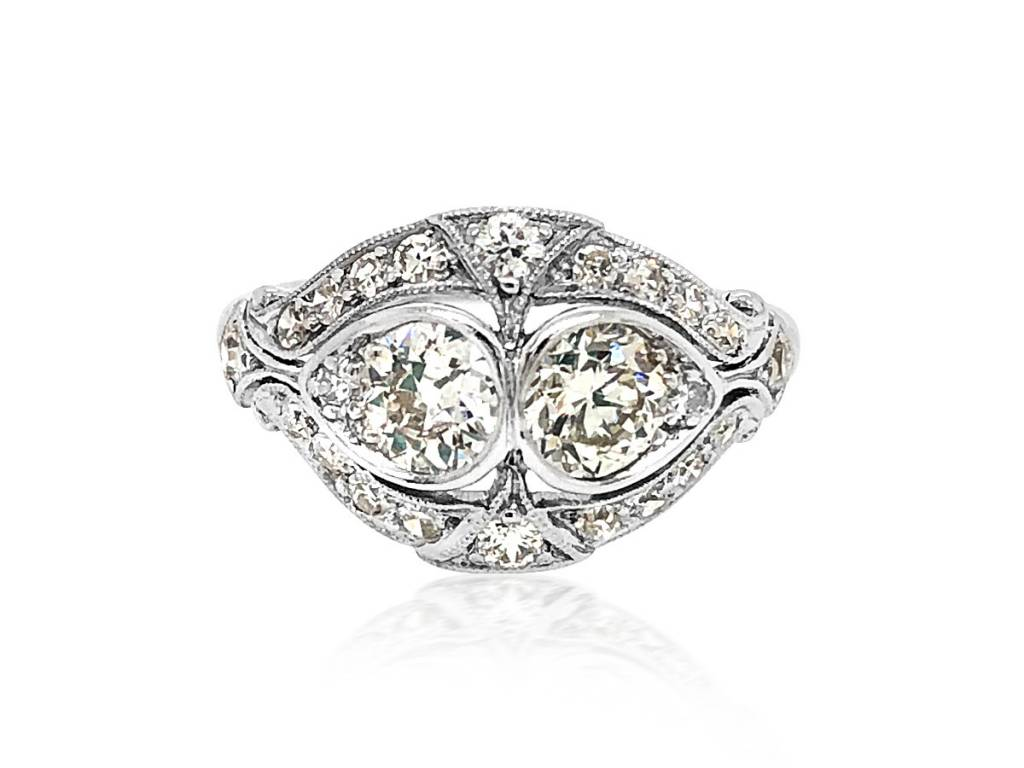 Trabert Goldsmiths 1.35ct Antique Deco Twin Diamond Ring