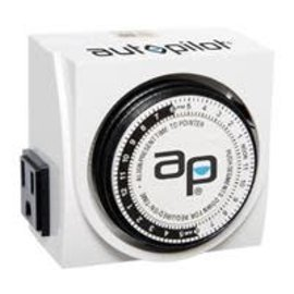 Autopilot AutoPilot Dual-Outlet Analog Timer, 1875W, 15A, 15Mins On/Off, 24Hr