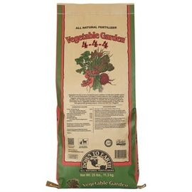 Down To Earth Down To Earth Vegetable Garden 4-4-4 25LB