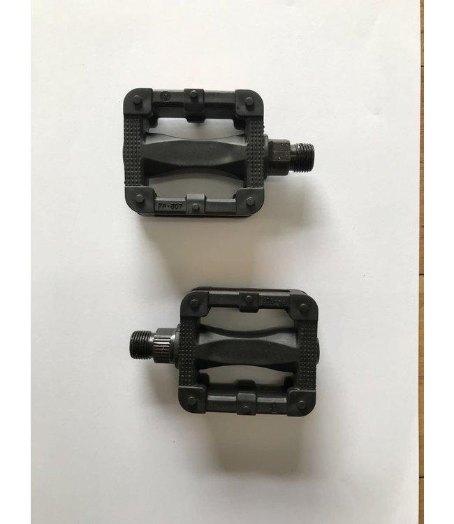 ByK BYK Pedals E250 Black