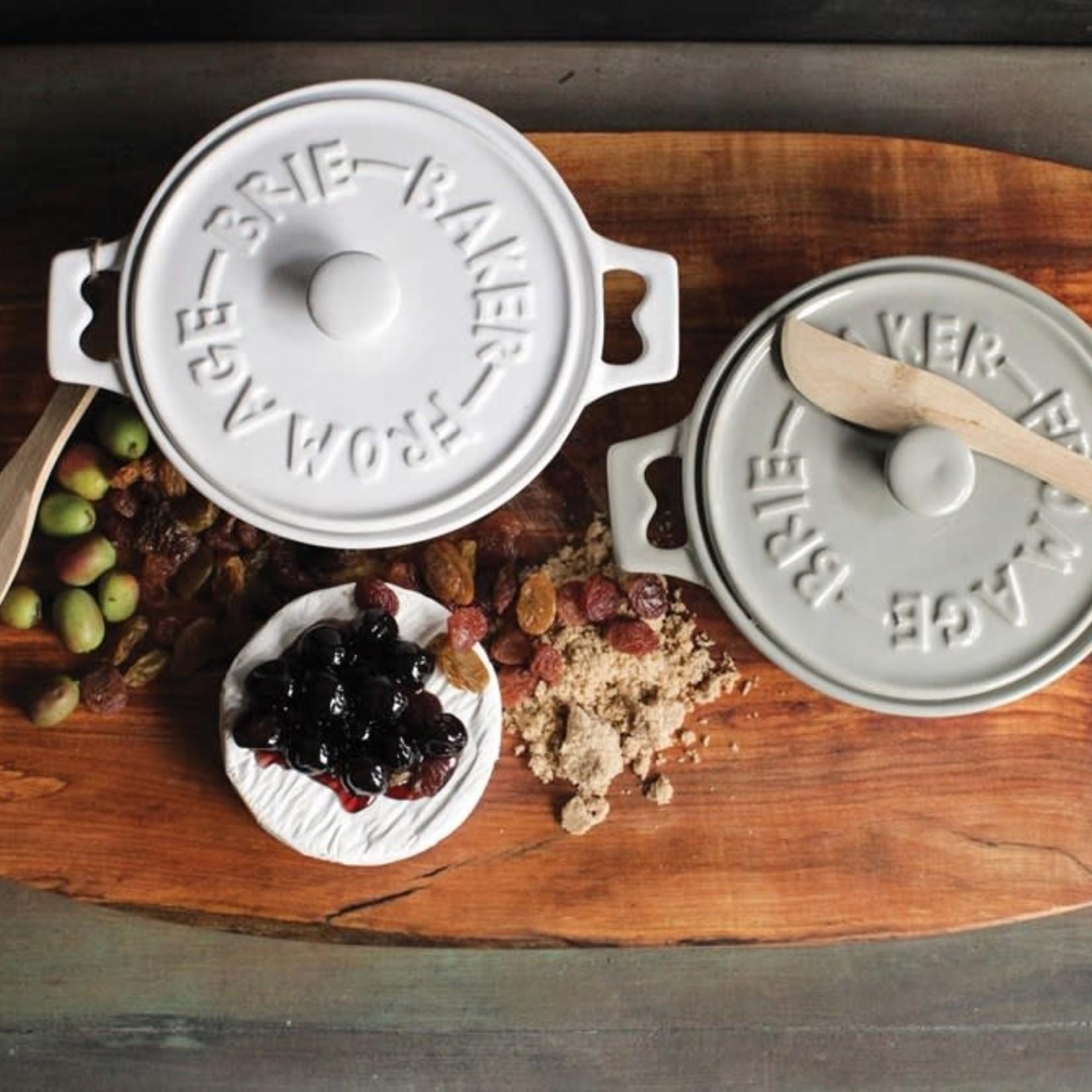 Round Stoneware Brie Baker with Wood Spreader