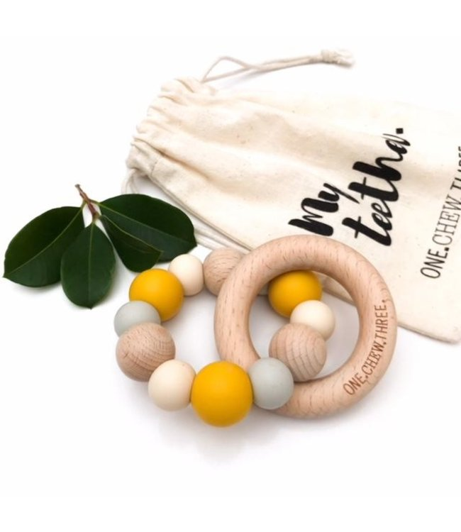 SILICONE AND BEECH WOOD TEETHER - MUSTARD