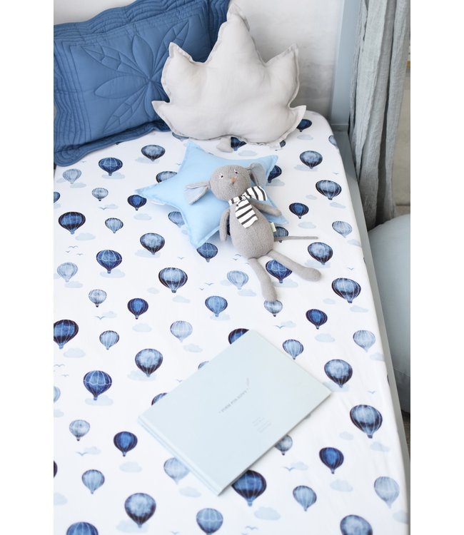 SNUGGLE HUNNY KIDS CLOUD CHASER - FITTED COT SHEET
