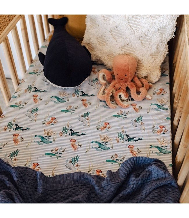 SNUGGLE HUNNY KIDS WHALE - FITTED COT SHEET