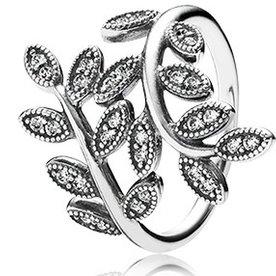 Pandora Sparkling Leaves Ring, Size 6