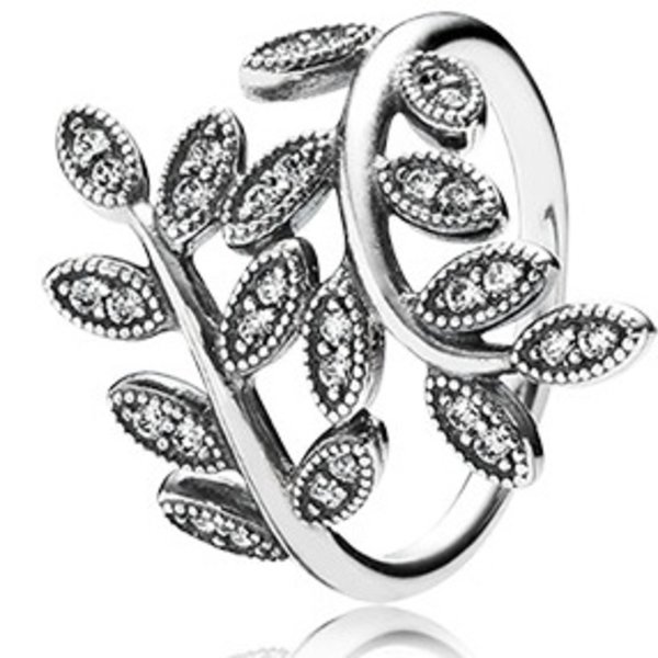Pandora Sparkling Leaves Ring, Size 8.5