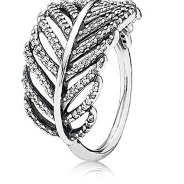 Pandora Light as a Feather Ring, Size 4.5