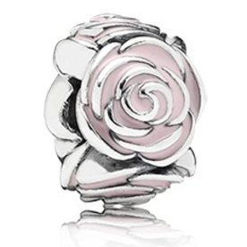 Pandora Rose Garden Spacer