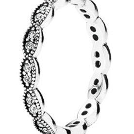 Pandora Sparkling Leaves Stackable Ring, Size 6