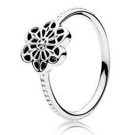 Pandora Floral Daisy Lace Ring, Size 8.5