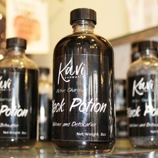 KAVI COSMETIX Black Potion
