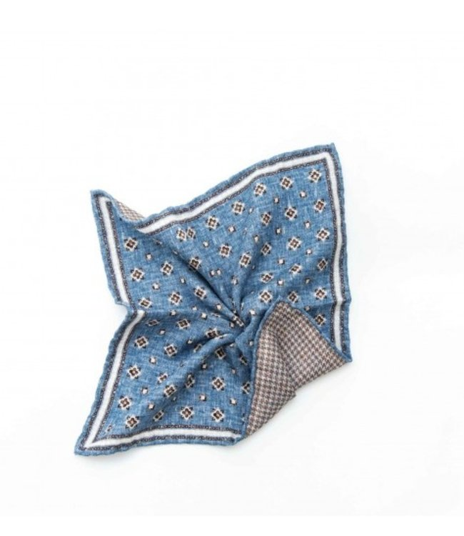 BUTTERFLY BOWTIES INC BLUE/OFF WHITE 100% SILK REVERSIBLE POCKET SQUARE