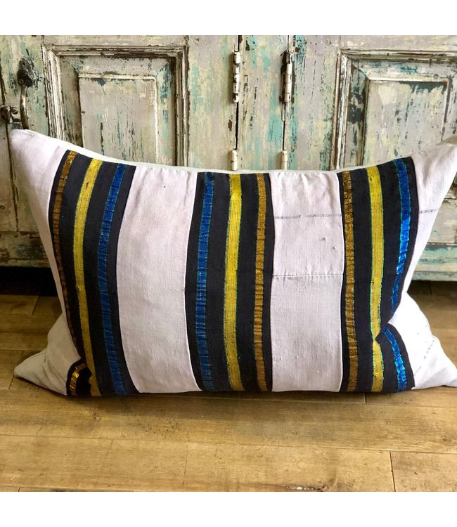 HOUSE OF CINDY 16X22 PLAIN KIDNEY DOWN FILL - LUXE VINTAGE PILLOW