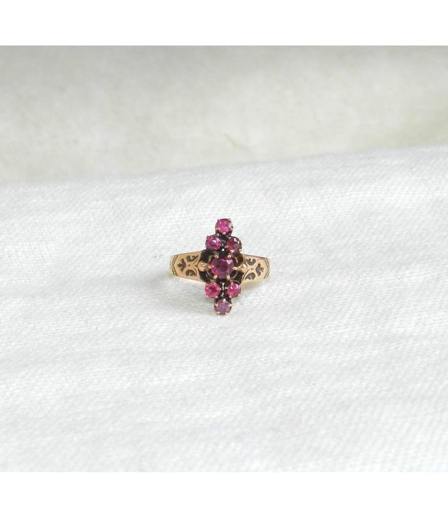 SOMETHING FOR EVERYONE - ANTIQUE GOLD VICTORIAN RUBY RING
