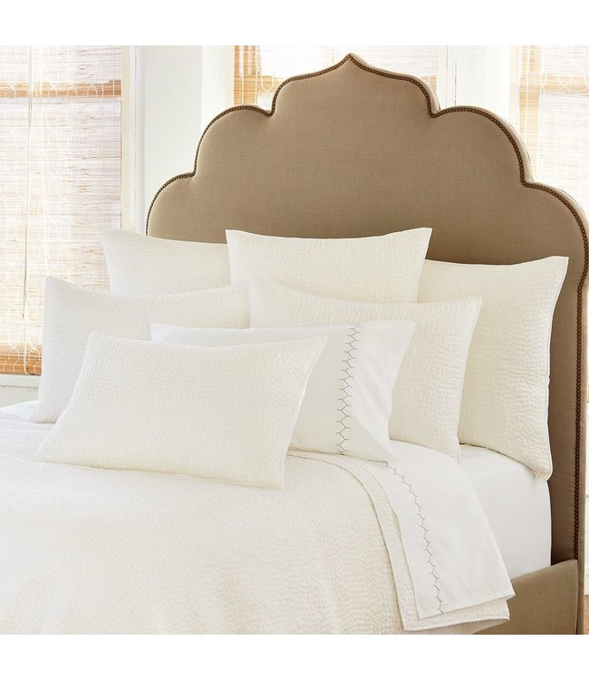 JOHN ROBSHAW WHITE QUEEN COVERLET