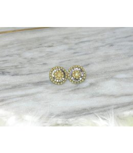 ELLAS VINTAGE PEARL CLIP ON EARRINGS