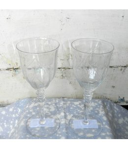 FRAN BUHR (C) VINTAGE ETCHED WINE GLASS