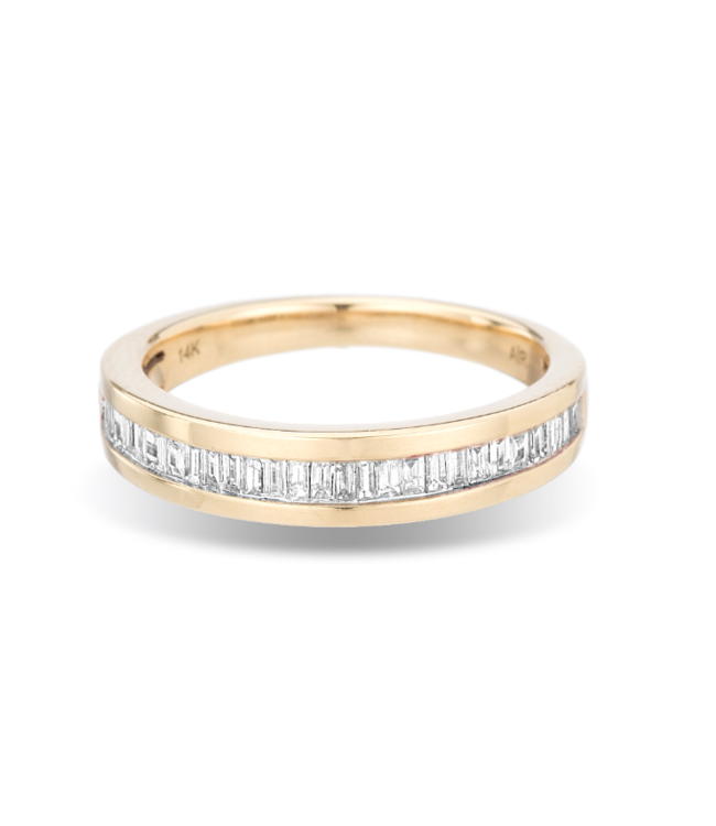 ADINA REYTER SMALL HEIRLOOM BAGUETTE BAND RING - Y14 0.25CT