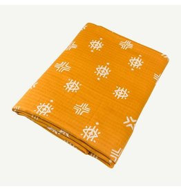 Oliver and Rain Print Swaddle, Gold Aztec