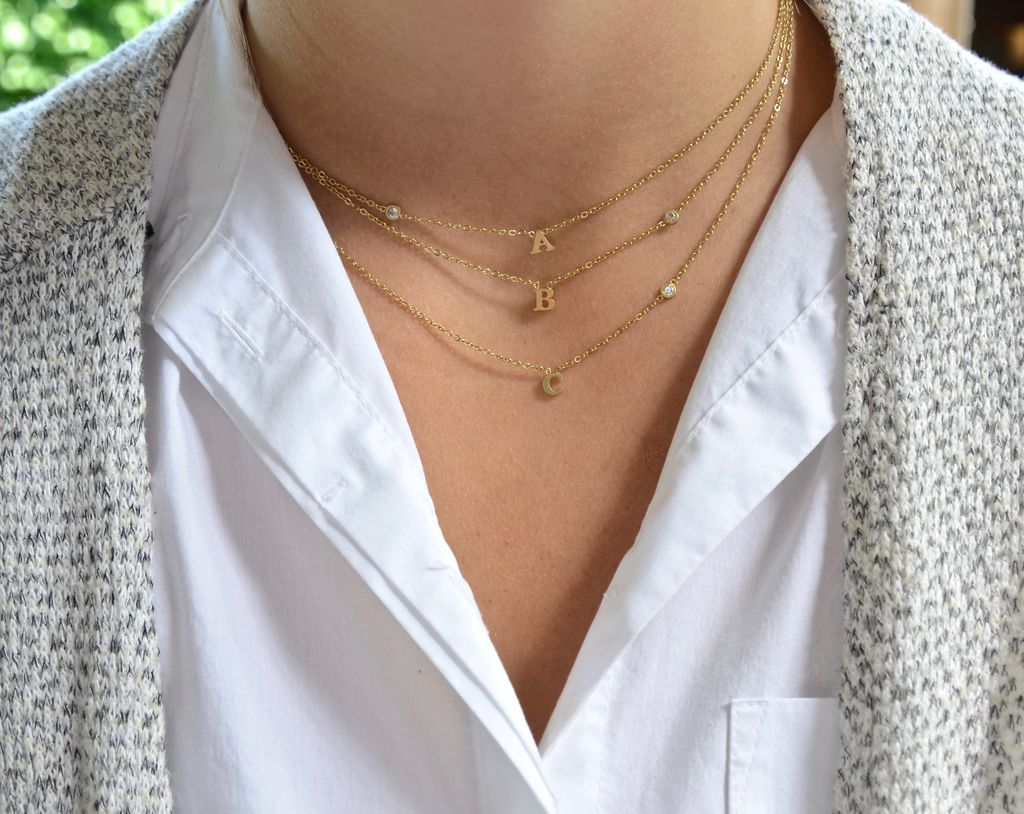 """Everyday Floating Letter Necklace Gold """"N"""""""