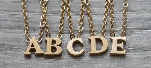 """Everyday Floating Letter Necklace Gold """"V"""""""