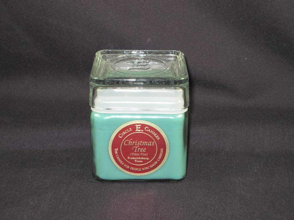Circle E Candle / Christmas Tree / 12oz