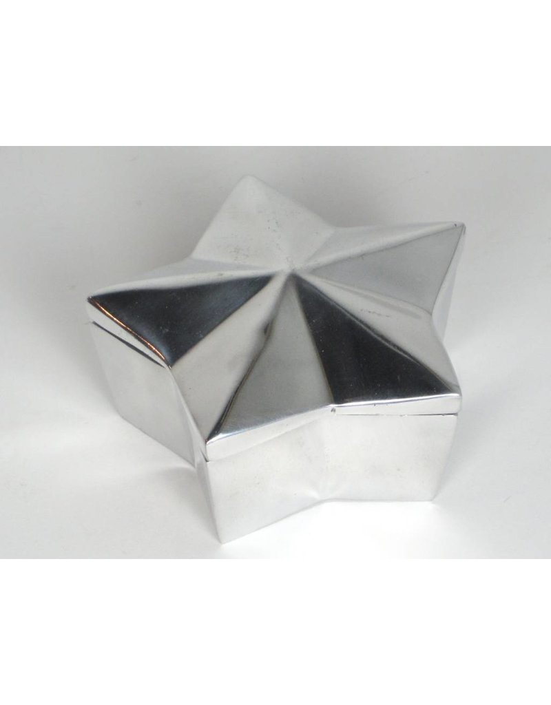 Pewter Star Box w/lid