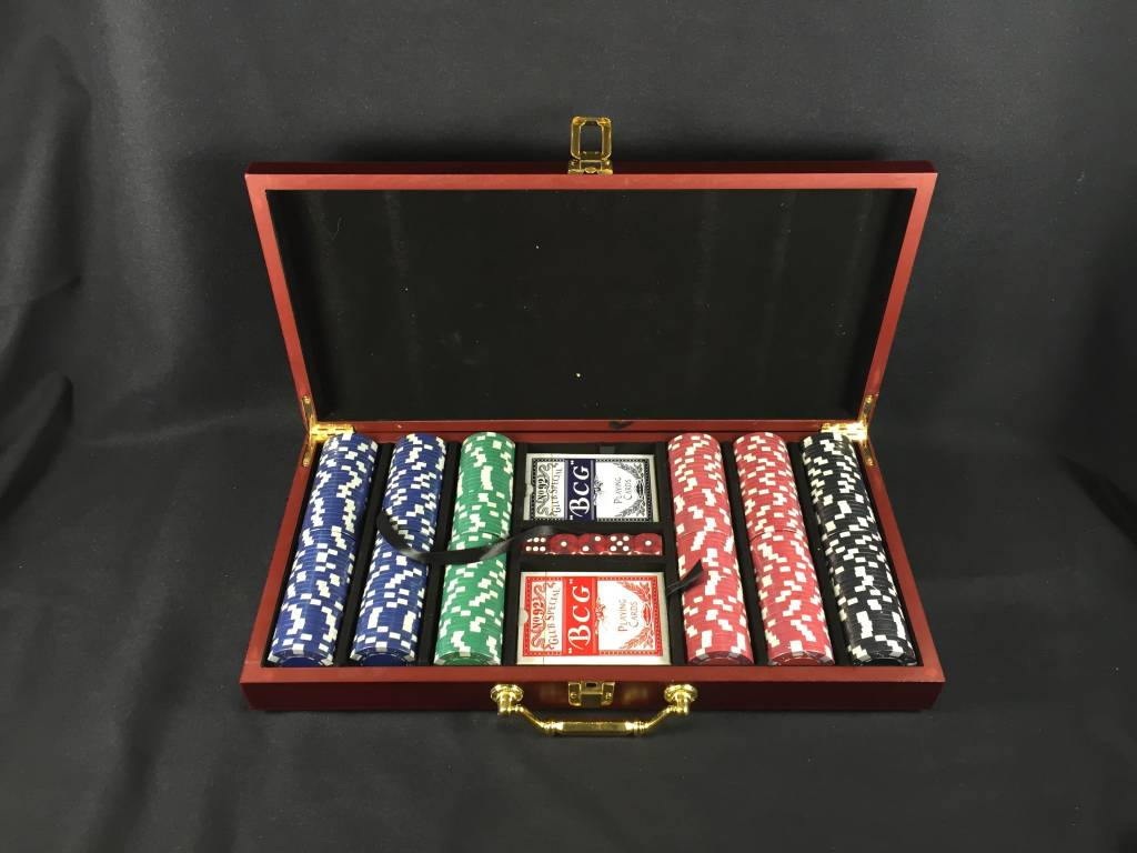 Deluxe 300 Chip Poker Set - Texas State Seal