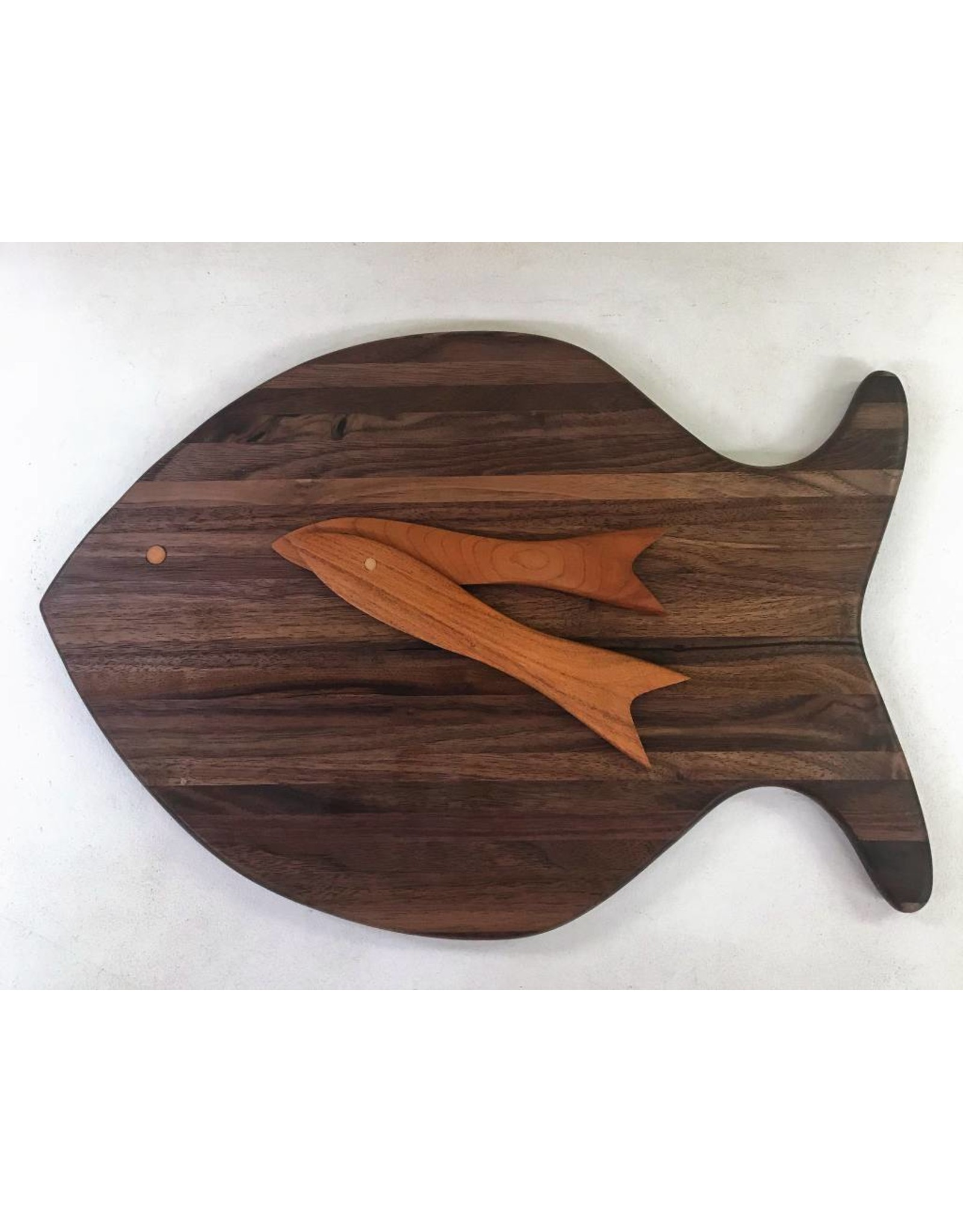 Richard Rose Culinary Fish shaped Cutting Board Walnut