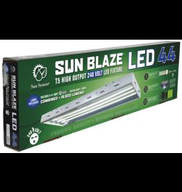 Sun Systems Sun Blaze T5 LED 44 - 4 ft 4 Lamp 240 Volt