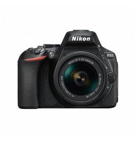 Nikon D5600 DSLR KIT  appareil photo avec AF-P DX NIKKOR 18-55mm f/3.5-5.6G VR