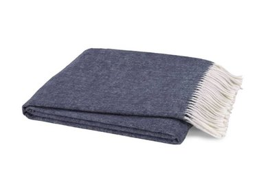 Throws & Day Blankets
