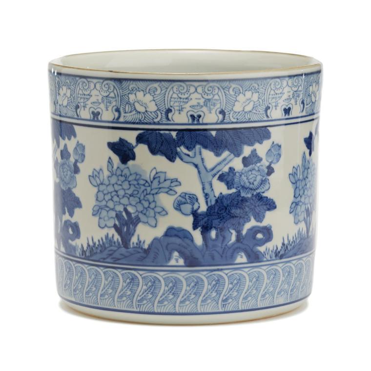 Blue/White Garden Scene Vase/Planter