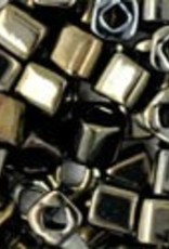 8 GM Toho Cube 3mm  : Metallic Iris Brown (APX 150 PCS)