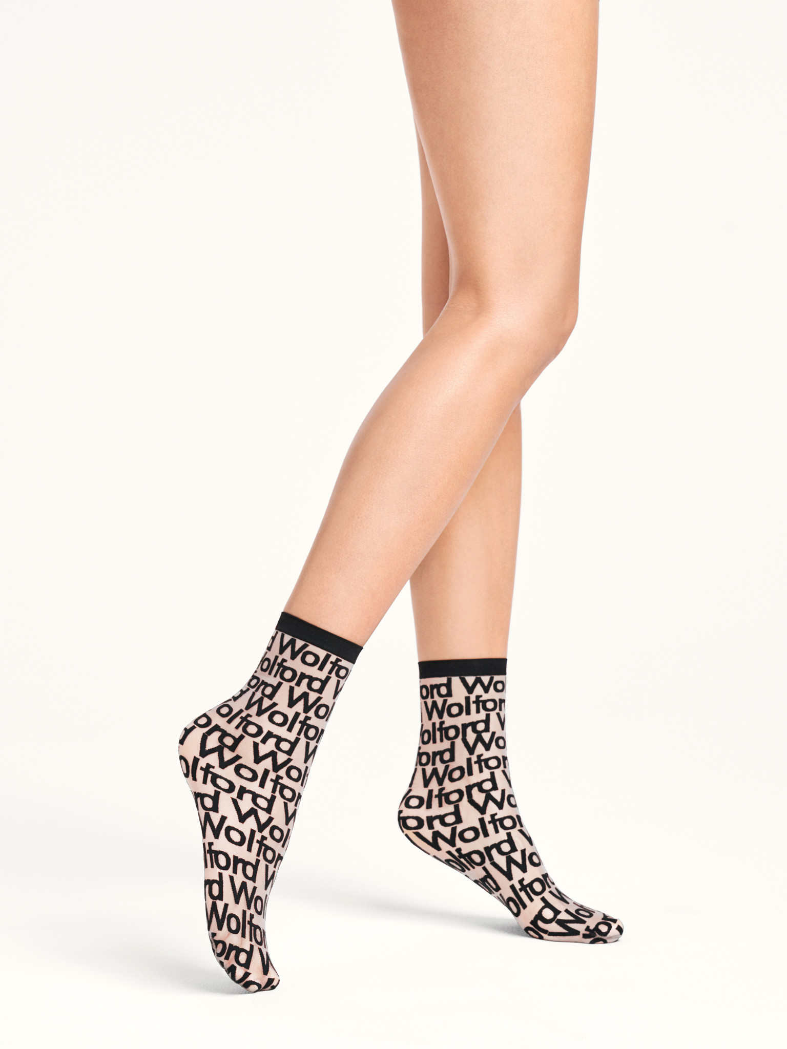 WOLFORD 48029 Logo Cover Socks