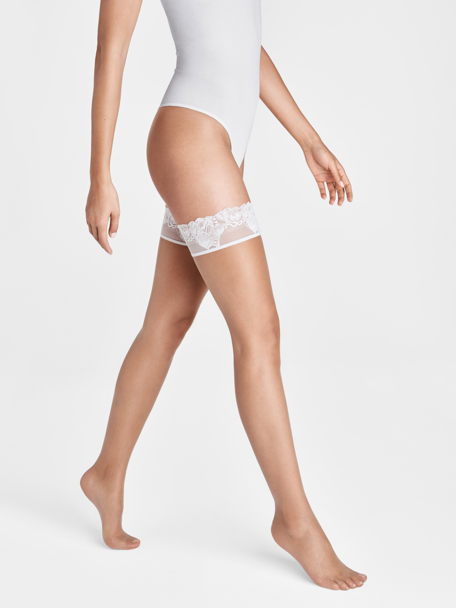 WOLFORD 20207 Nude 8 Lace Stay-Up