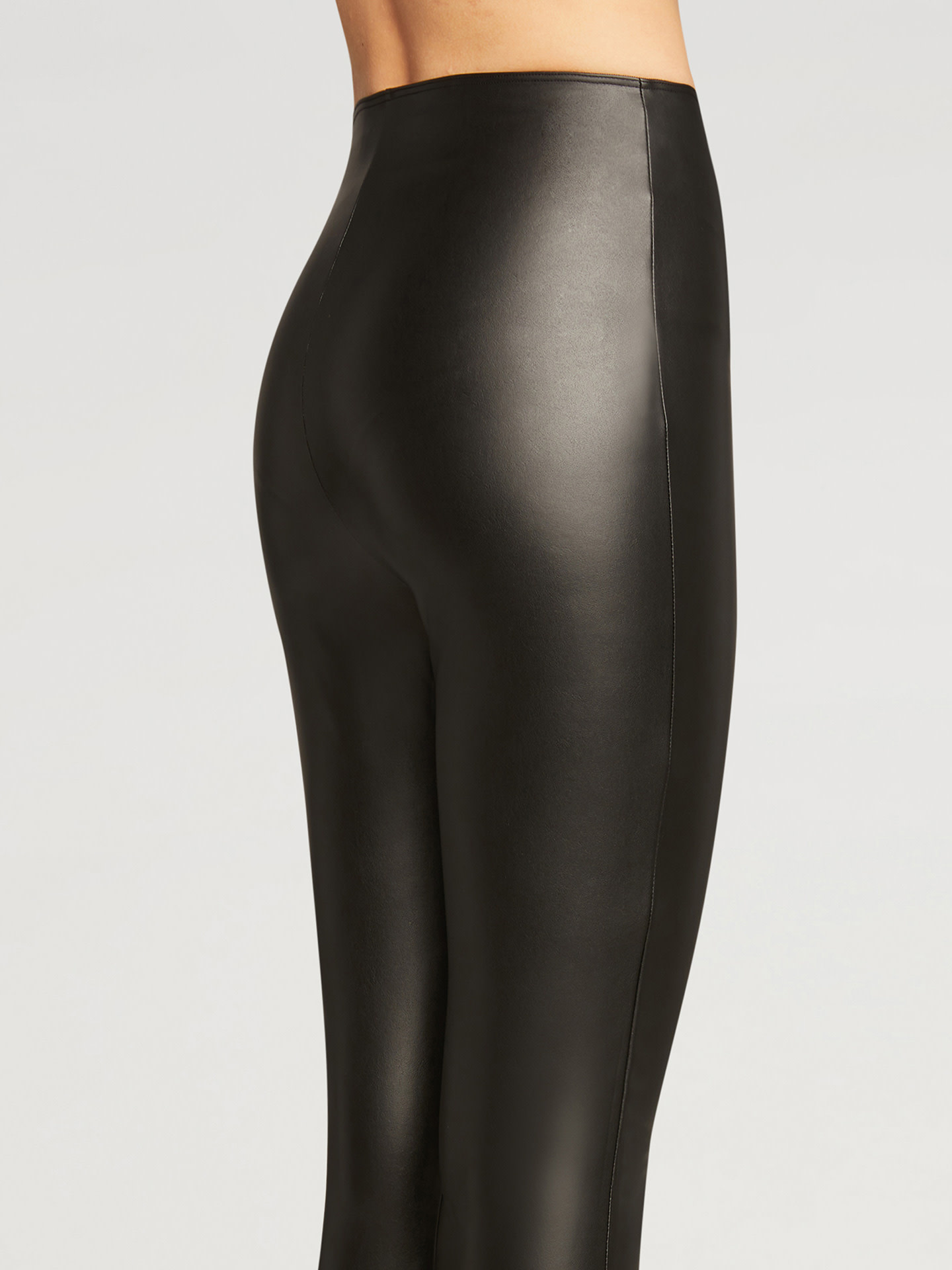 WOLFORD 19337 Vegan Leather Stirrup